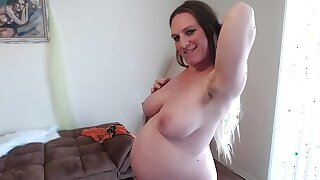 Hairy Ginger Pussy Squats Squirts Sucks Pussy Juices 36 Weeks Silver-tongued Option Angles of Big Belly - BunnieAndTheDude